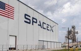 SpaceX instala estrutura que deve capturar foguetes que lançarão a Starship