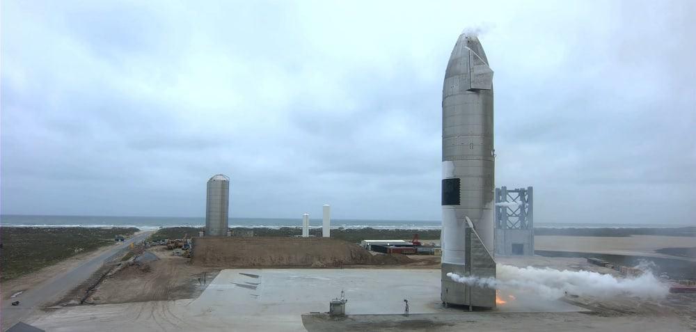 Starship SN15 no local de pouso, pouco após seu primeiro voo. Imagem: SpaceX/Reprodução