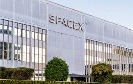 Deimos: SpaceX monta plataforma oceânica para lançar foguetes