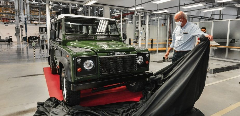 Fábrica da Land Rover no Brasil vai restaurar carros antigos. Imagem: Divulgação