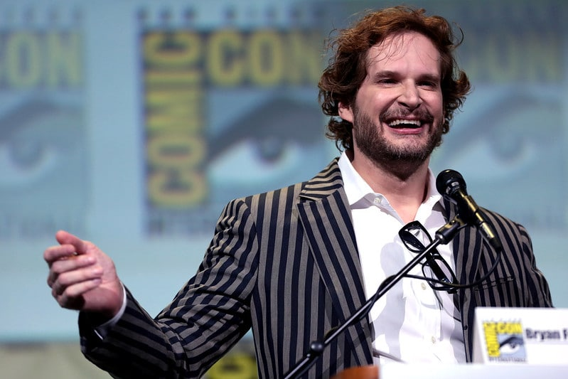 Bryan Fuller durante a San Diego Comic Con 2016