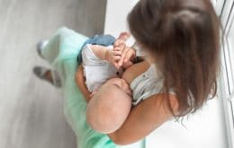 La leche de bebés vacunados con CoronaVac tiene anticuerpos contra Covid-19, dice un estudio