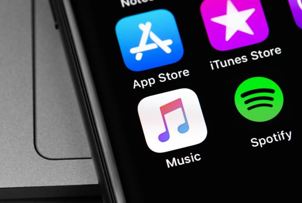 Logo da Apple Music ao lado do ícone do Spotify