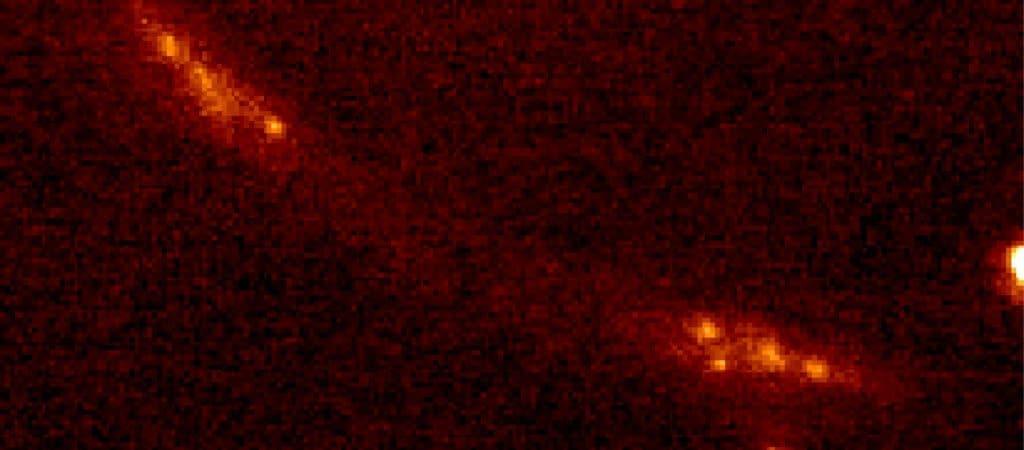 Imagem aumentada da galáxia CSWA128