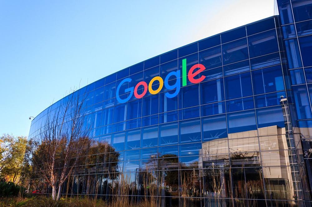 Google. Imagem: Shutterstock/achinthamb