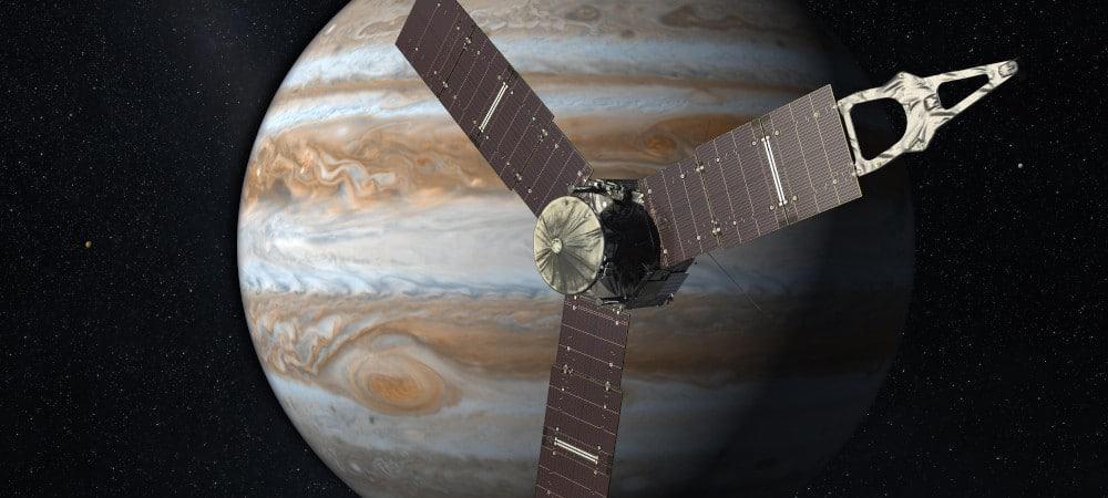 Espaçonave Juno em órbita de Júpiter