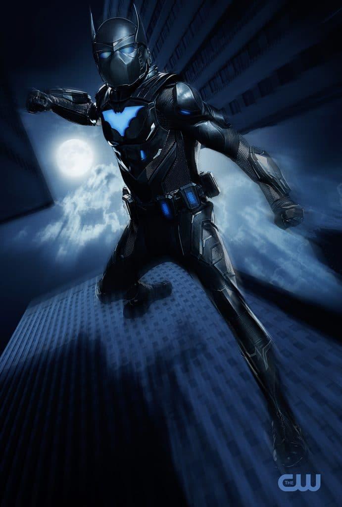 Batwing (Camrus Johnson) em imagem promocional da série Batwoman, exibida na HBO. Imagem: Justina Mintz/The CW
