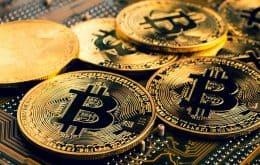 Bitcoin despenca mais de 17% com repressão da China às criptomoedas