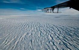 Antarctica's glacier shelf is crumbling