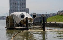 """Rios limpos: Máquina """"comedora de lixo"""" retira toneladas de detritos nos EUA"""