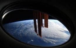 Cosmonautas ainda procuram vazamento na Estação Espacial