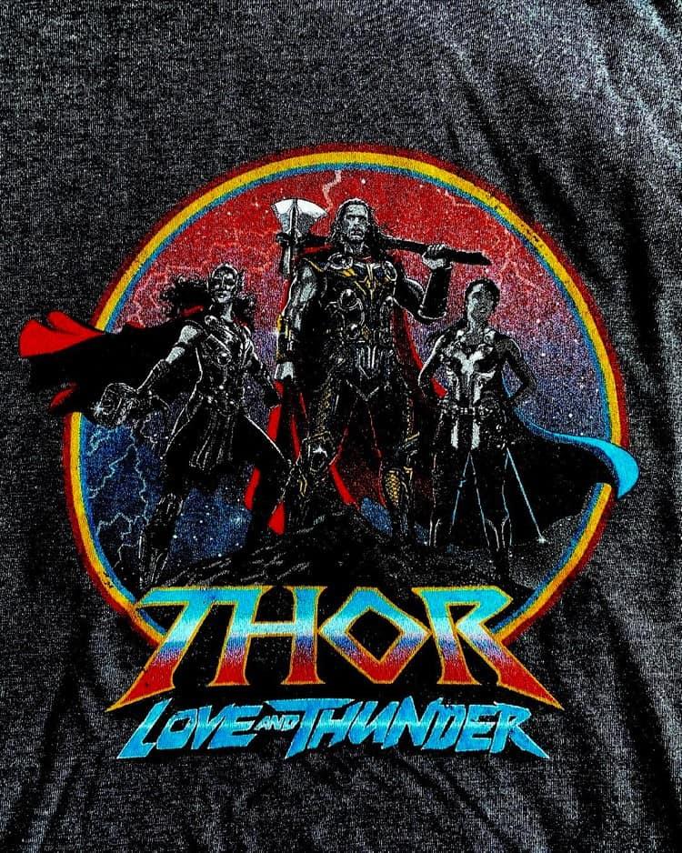 'Thor 4': visual de Natalie Portman como nova Thor pode ter sido revelado. Imagem: Screenrant/Reprodução
