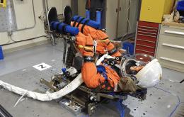Comandante Moonikin Campos: Nasa batiza manequim que vai viajar até a Lua