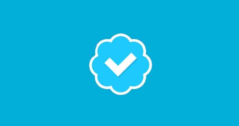 selo de verificação do Twitter