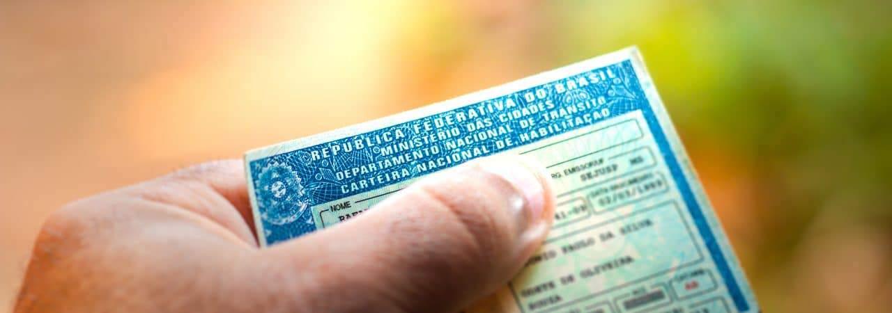 Ilustración de la licencia de conducir nacional (CNH)