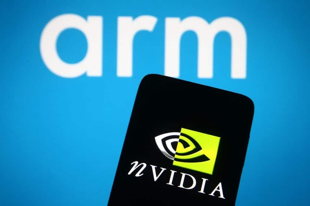 Logos das empresas Nvidia e ARM