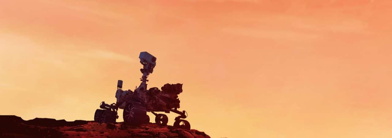 Imagem mostra o Perseverance ao por do sol em Marte