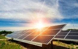 ¿Para qué sirve y cómo funcionan las baterías solares?
