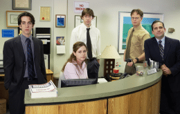 'The Office' quase teve uma música de abertura muito, mas muito diferente