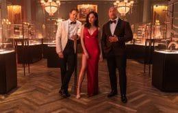 'Alerta Vermelho': filme mais caro da Netflix estreia 12 de novembro