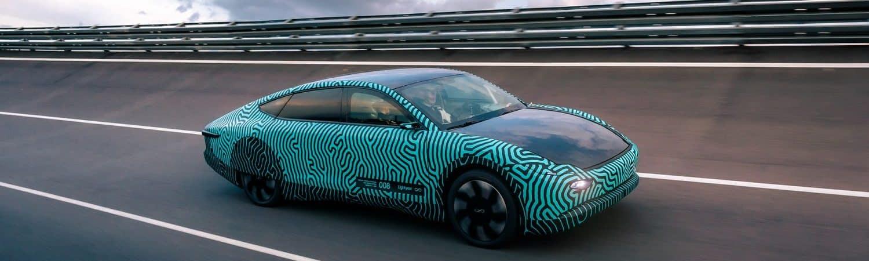 Lightyear One: carro elétrico movido a energia solar tem autonomia de 700 km com apenas uma recarga. Imagem: Lightyear/Divulgação