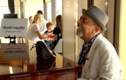 Após vídeo de influenciador, pianista de aeroporto nos EUA recebe mais de R$ 300 mil em gorjetas