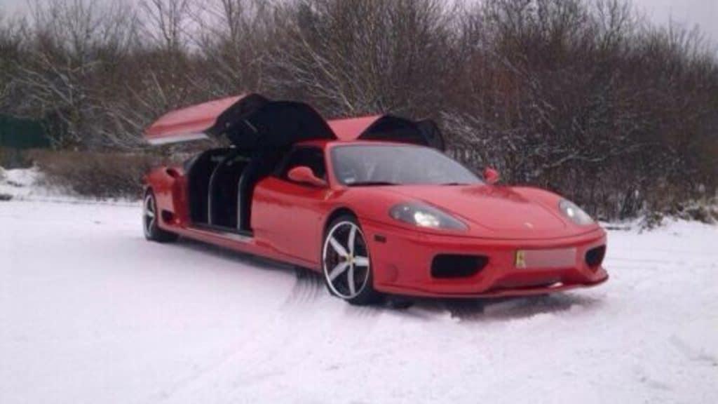 Você pagaria R$ 1 milhão por uma limusine da Ferrari?. Imagem: eBay/Reprodução