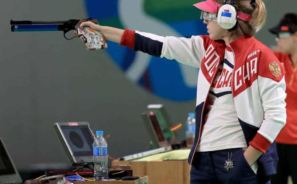 Vitalina Batsarashkina the witcher medalha amuleto olimpiadas