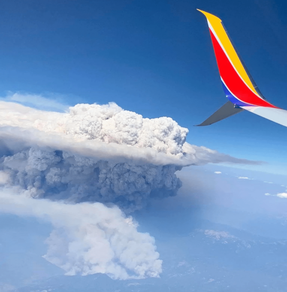 Image shows a pirocumulonimbus, a type of cloud that causes electrical storms and can increase forest fires.