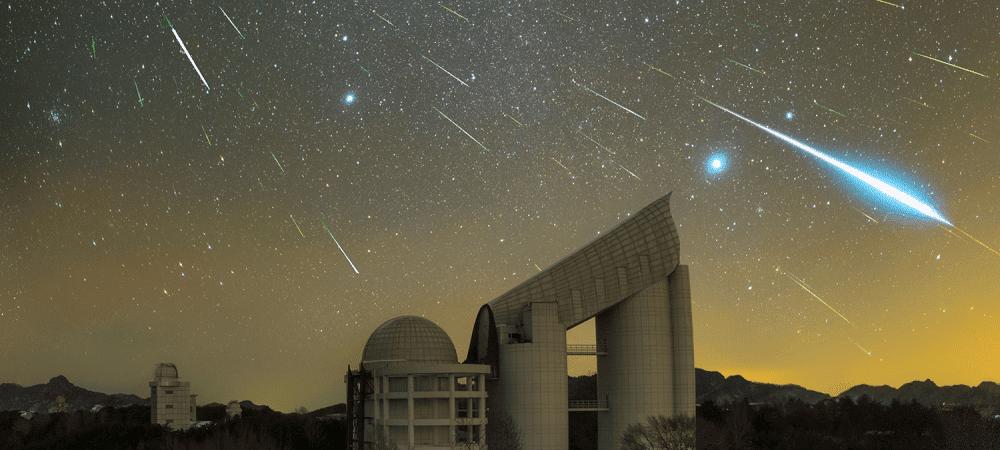 Chuva de meteoros sobre o Observatório Xinglong