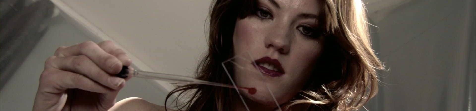 Jennifer Carpenter interpretando Deb Morgan