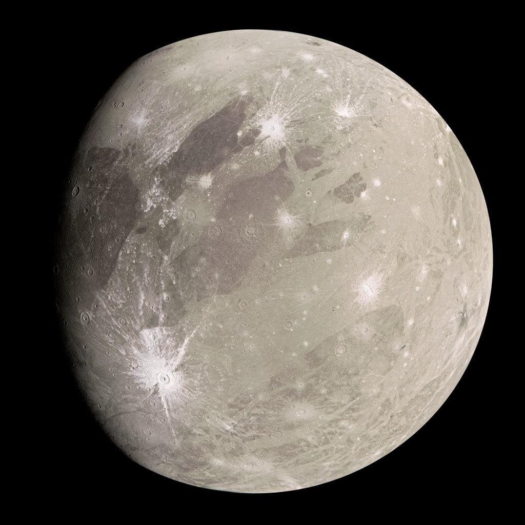 Imagem de Ganymede obtida pela sonda Juno, da Nasa, em junho de 2021