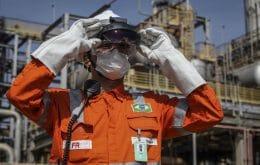 Remoto também no oceano: Petrobras adota Hololens 2 e permite atuação a distância