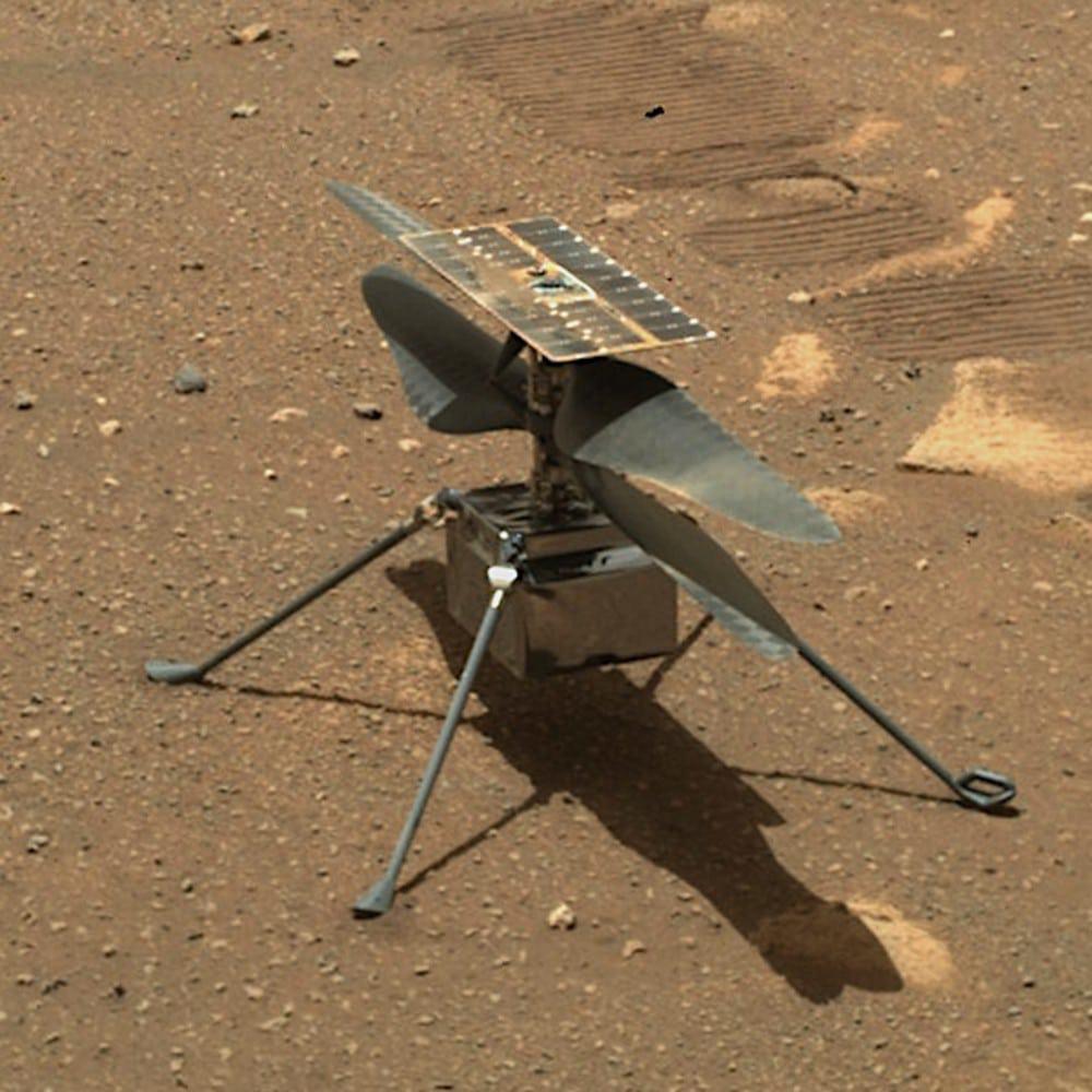 Imagem do helicóptero Ingenuity, que está explorando Marte. Nasa anunciou que está usando os dados coletados para criar um novo helicóptero