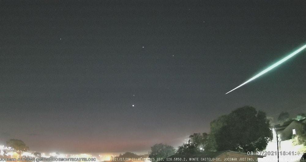 Meteoro registrado pela estação JJS5 em Monte Castelo, SC