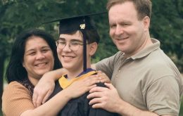 Conheça Michael Kearney: a pessoa mais jovem do mundo a se formar em uma universidade