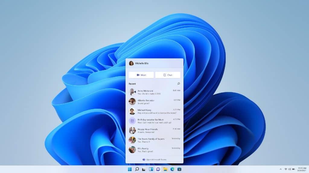 Imagem mostra captura de tela de nova versão de testes do Windows 11, que já tem integração com o Teams