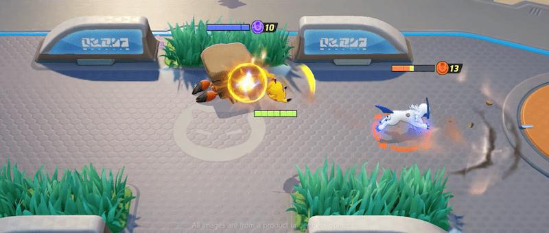 Tela de gameplay do jogo mostra os pokémon se enfrentando.