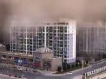 Tempestade de areia com mais de 100 metros atinge cidade da China