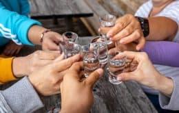 Álcool causou mais de 740 mil casos de câncer em todo o ano de 2020, diz pesquisa