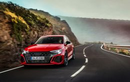 Audi RS3 2022 has model-specific screens