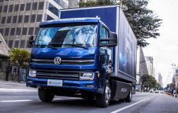 Caminhão elétrico brasileiro da Volkswagen chama atenção do mundo por custo-benefício