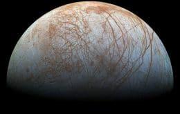"""Lua de Júpiter, Europa pode oferecer condições para a vida, apesar de """"pequenos impactos"""""""