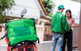 Fique atento: entregador filma dados de cartão em novo golpe