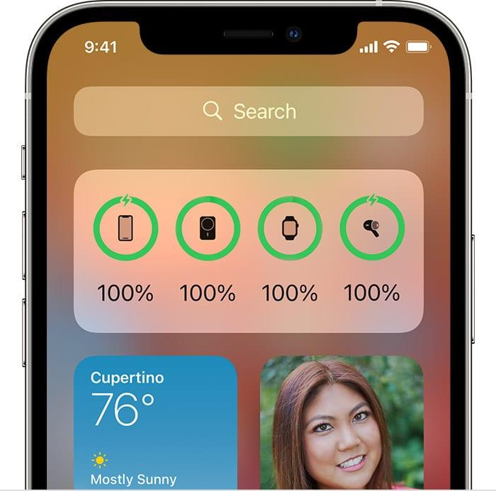Detalhe de tela do iOS 14 mostrando o widget de bateria com a carga do iPhone e do MagSafe Battery Pack