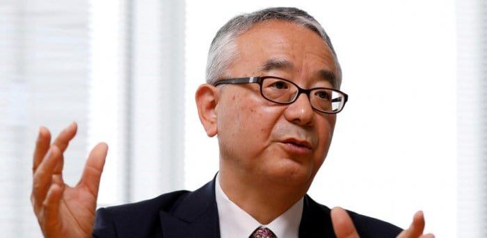 Imagem mostra o Doutor Isao Teshirogi, CEO da empresa japonesa Shionogi, que está testando uma pílula contra a Covid-19 em humanos.