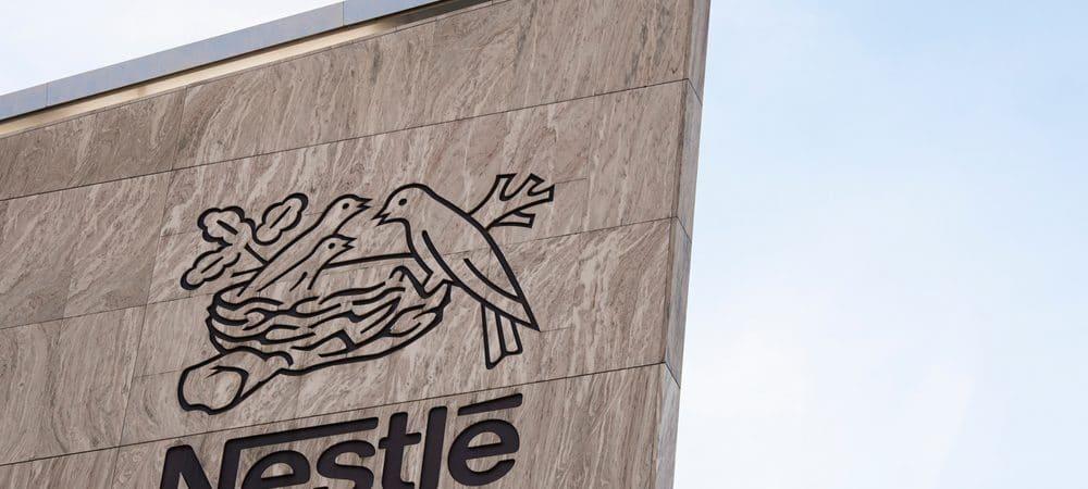 Placa da Nestlé, a maior empresa de alimentos do mundo