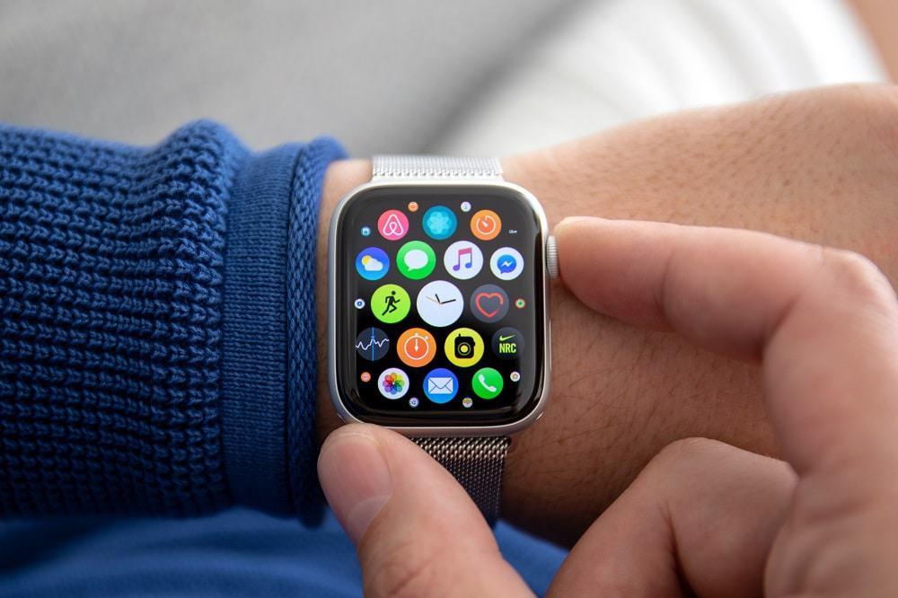 Apple releases iOS 14.7.1 to fix bug in Apple Watch unlocking. Image: DenPhotos;/iStock