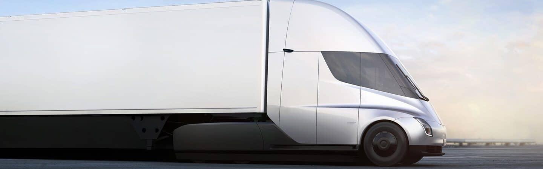 El camión eléctrico de Tesla, el Semi, finalmente está a punto de entrar en producción. Imagen: Divulgación / Tesla