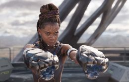 Letitia Wright recebe alta após acidente nas gravações de 'Pantera Negra: Wakanda Forever'